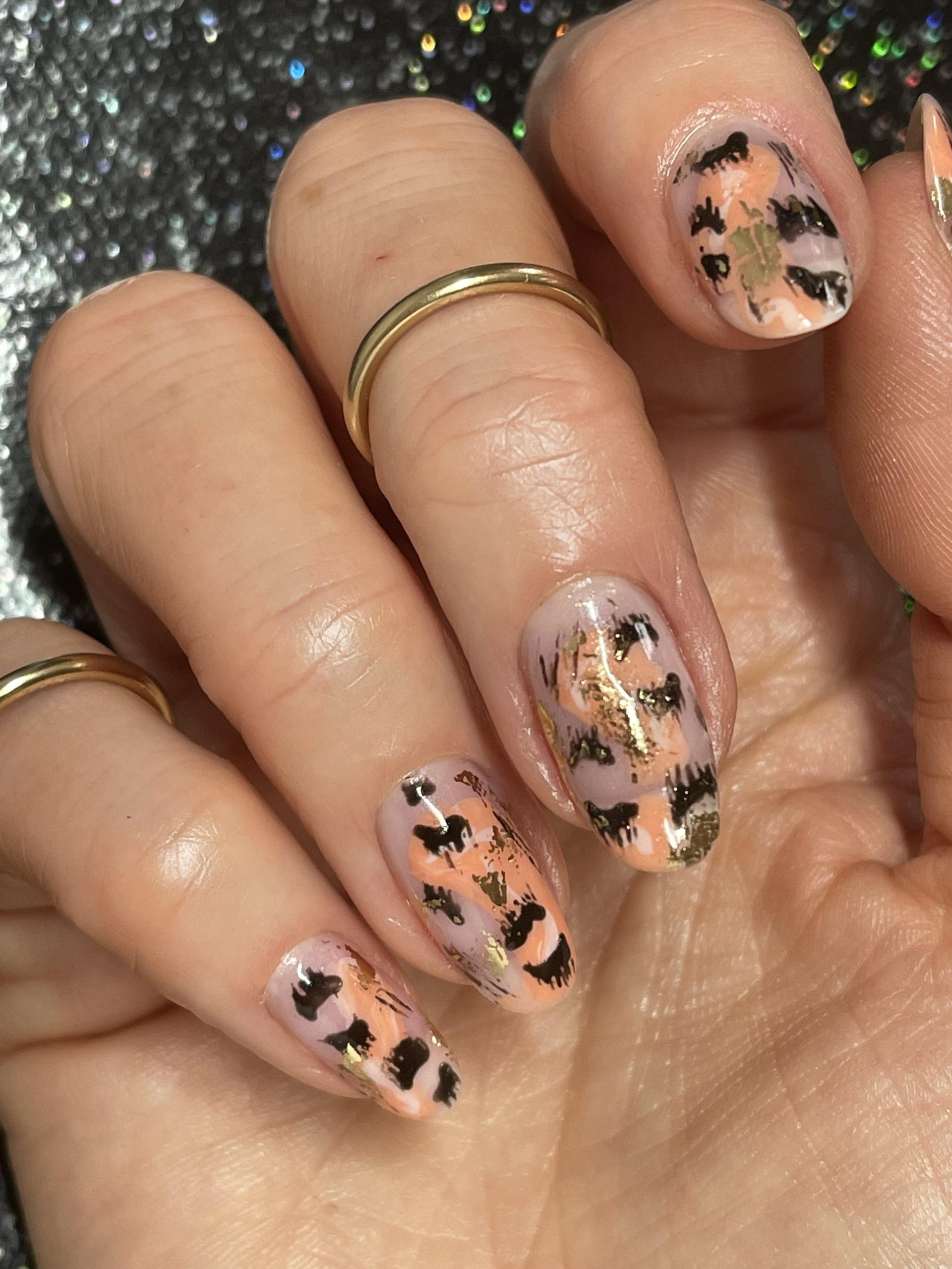 alternative animal print, abstract nails,CND Shellac, nail art, nail pro, nail artist, nail technician, gel nails, shellac nails, acrylic nails, ware, mobile
